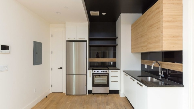 4 Bedrooms, East Williamsburg Rental in NYC for $5,495 - Photo 2