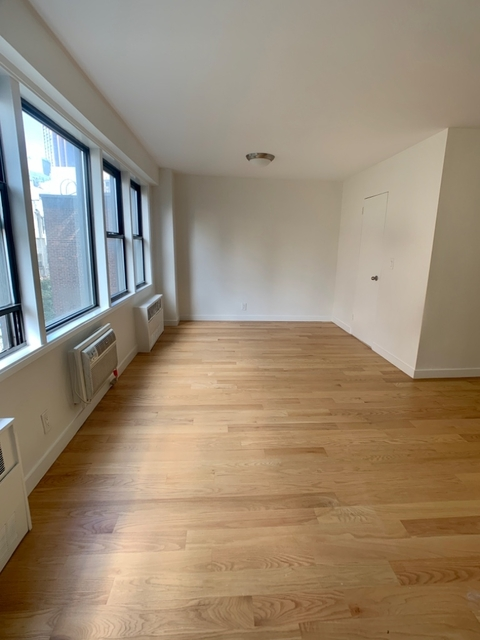 Studio, Murray Hill Rental in NYC for $2,925 - Photo 2