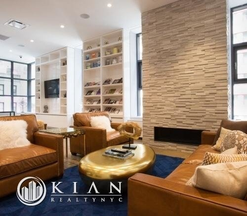 Room, Theater District Rental in NYC for $3,662 - Photo 1