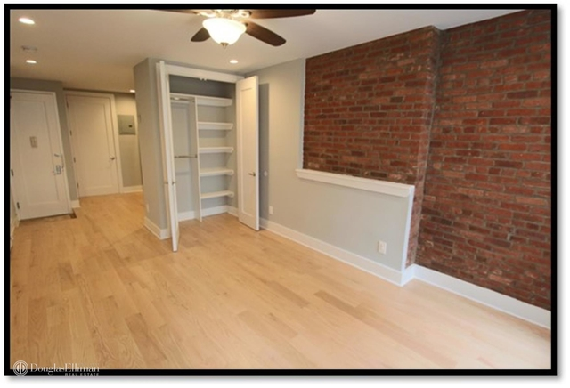 Studio, Theater District Rental in NYC for $2,325 - Photo 2