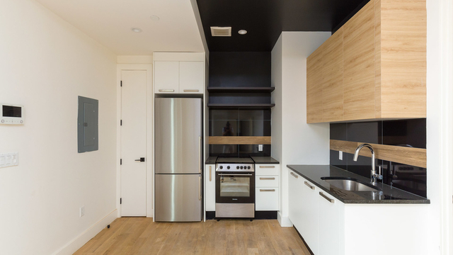 4 Bedrooms, East Williamsburg Rental in NYC for $5,600 - Photo 2