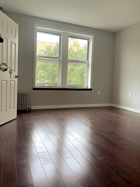 2 Bedrooms, University Heights Rental in NYC for $2,045 - Photo 1