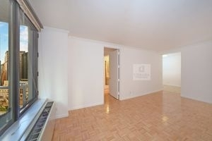 2 Bedrooms, Midtown East Rental in NYC for $5,150 - Photo 2
