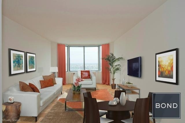 3 Bedrooms, Yorkville Rental in NYC for $10,895 - Photo 2