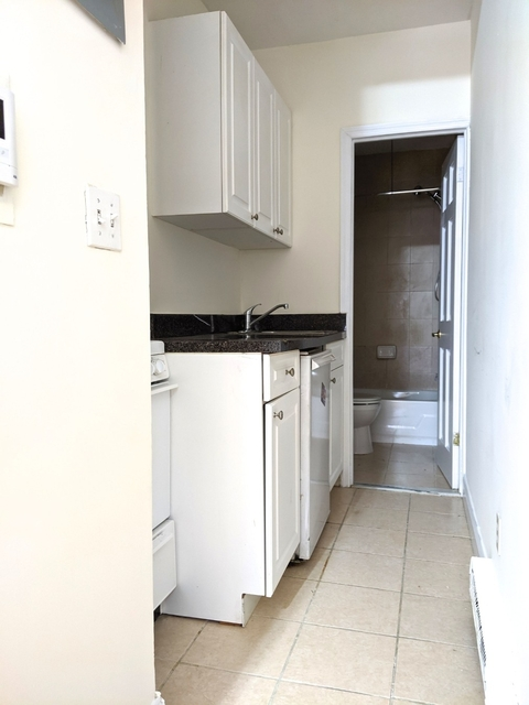 Studio, Gramercy Park Rental in NYC for $2,125 - Photo 2