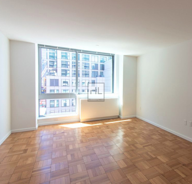 Studio, Hell's Kitchen Rental in NYC for $2,933 - Photo 1