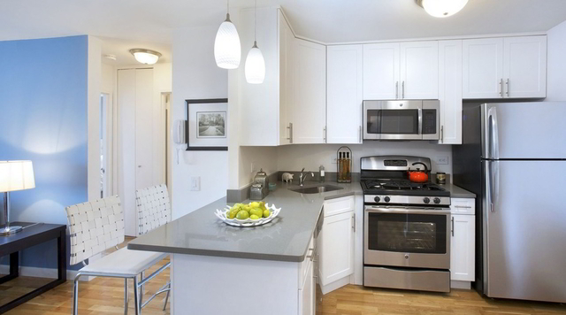 1 Bedroom, Battery Park City Rental in NYC for $3,465 - Photo 2