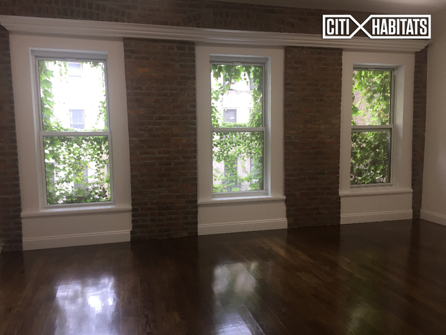 2 Bedrooms, Lenox Hill Rental in NYC for $5,200 - Photo 2