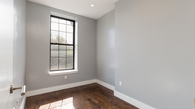 3 Bedrooms, Bedford-Stuyvesant Rental in NYC for $2,730 - Photo 2