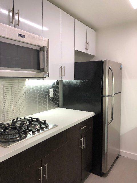 2 Bedrooms, Rose Hill Rental in NYC for $5,595 - Photo 2