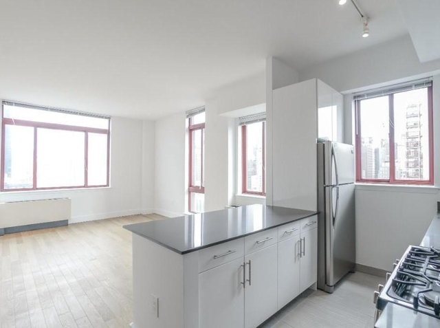 Studio, Hell's Kitchen Rental in NYC for $2,820 - Photo 1