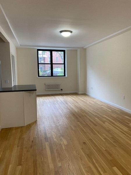 2 Bedrooms, Rego Park Rental in NYC for $2,884 - Photo 1