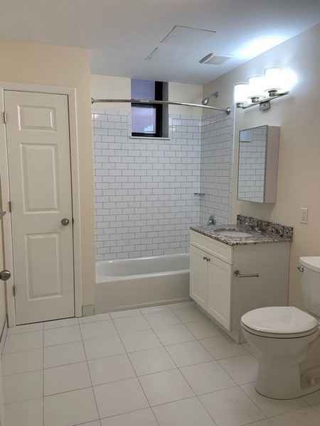 2 Bedrooms, Forest Hills Rental in NYC for $2,484 - Photo 2