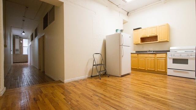 4 Bedrooms, Bushwick Rental in NYC for $2,999 - Photo 2