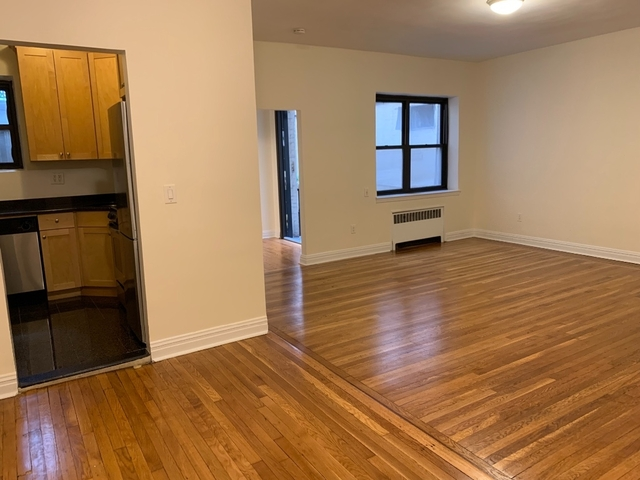 1 Bedroom, Lenox Hill Rental in NYC for $4,600 - Photo 2