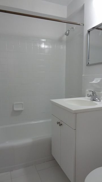 1 Bedroom, Kew Gardens Rental in NYC for $1,987 - Photo 2