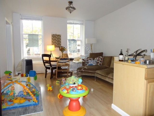 3 Bedrooms, Cobble Hill Rental in NYC for $3,800 - Photo 1