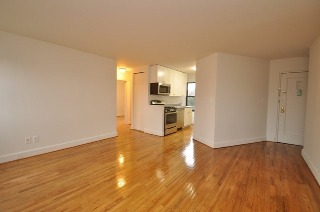 2 Bedrooms, Jackson Heights Rental in NYC for $2,613 - Photo 1