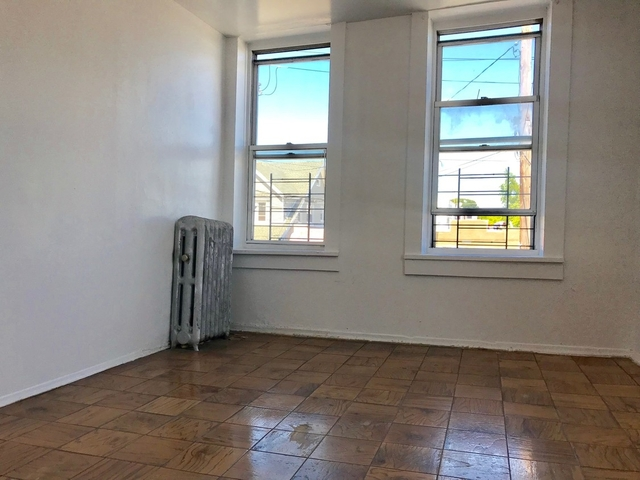 3 Bedrooms, East Flatbush Rental in NYC for $2,200 - Photo 1