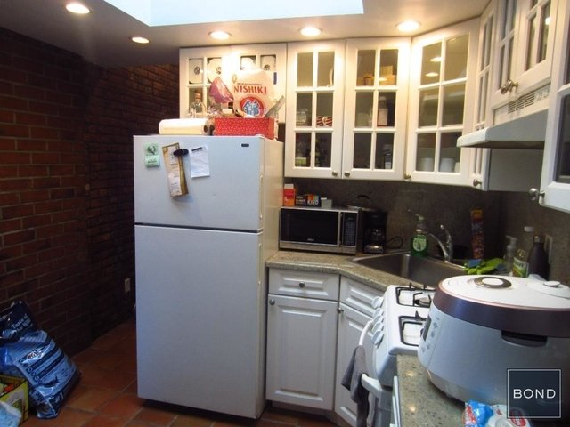 2 Bedrooms, West Village Rental in NYC for $4,100 - Photo 1