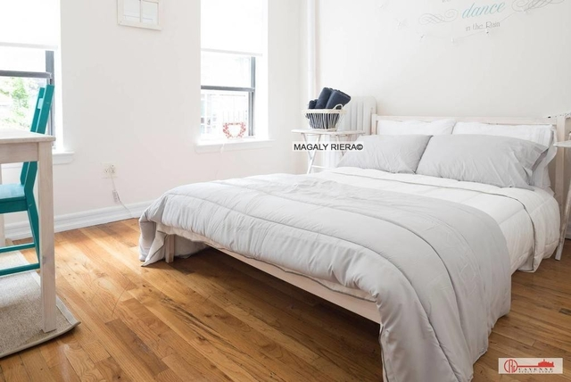2 Bedrooms, Upper East Side Rental in NYC for $3,000 - Photo 2