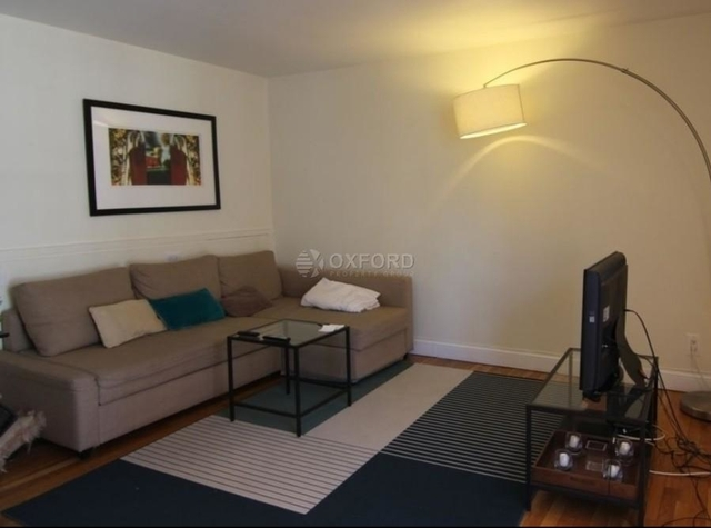 1 Bedroom, Midtown East Rental in NYC for $3,495 - Photo 2