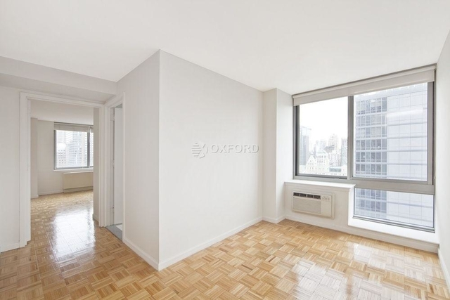 1 Bedroom, Theater District Rental in NYC for $4,300 - Photo 2