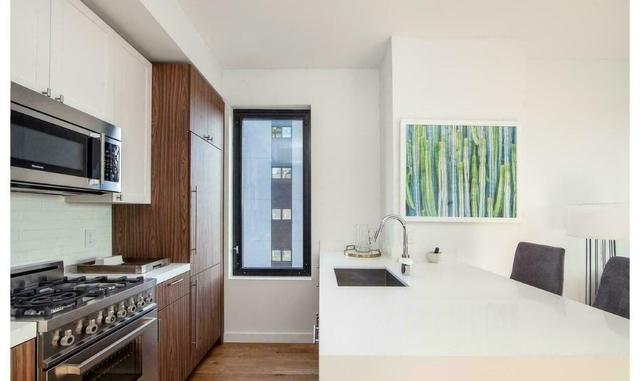 1 Bedroom, Bushwick Rental in NYC for $2,333 - Photo 2