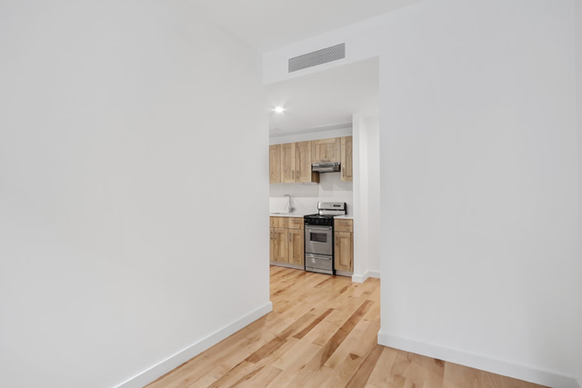 2 Bedrooms, Manhattan Valley Rental in NYC for $3,478 - Photo 2