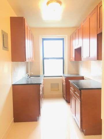 1 Bedroom, Rego Park Rental in NYC for $1,750 - Photo 1