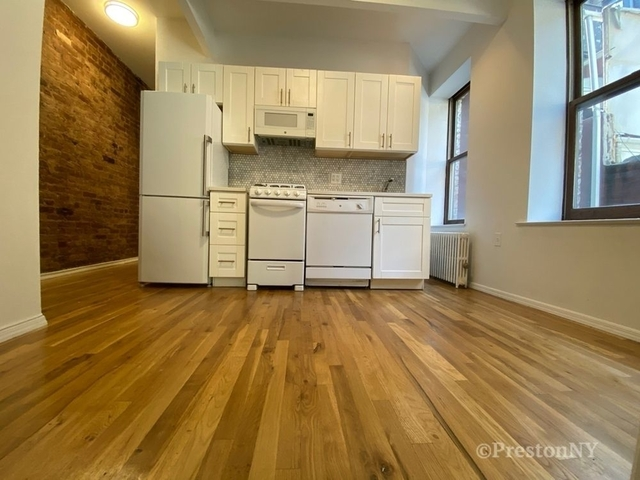 3 Bedrooms, West Village Rental in NYC for $4,750 - Photo 1