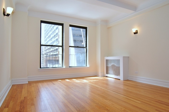 1 Bedroom, Chelsea Rental in NYC for $3,569 - Photo 2
