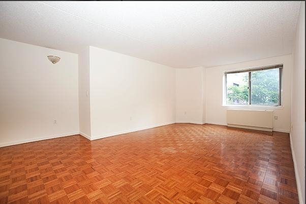 2 Bedrooms, Battery Park City Rental in NYC for $4,966 - Photo 2