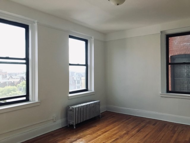 1 Bedroom, Sunnyside Rental in NYC for $1,789 - Photo 2