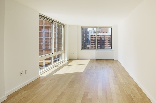 Studio, Theater District Rental in NYC for $3,110 - Photo 2