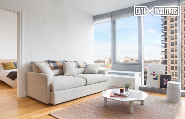 Studio, Hell's Kitchen Rental in NYC for $3,640 - Photo 2