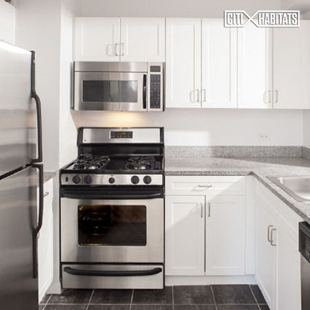 3 Bedrooms, Civic Center Rental in NYC for $5,906 - Photo 1