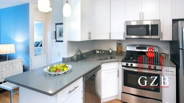 Studio, Battery Park City Rental in NYC for $3,510 - Photo 1