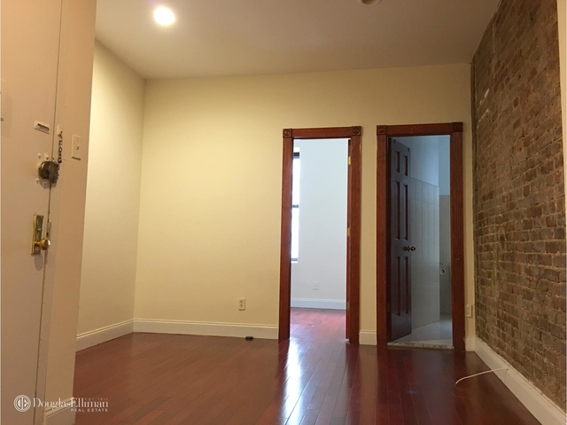 2 Bedrooms, East Village Rental in NYC for $3,700 - Photo 2