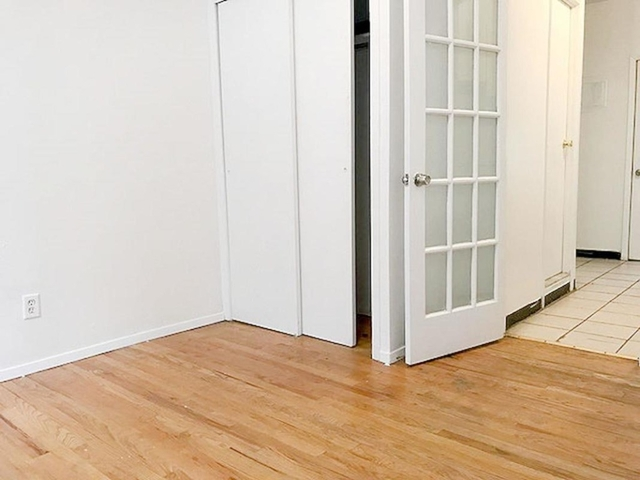 1 Bedroom, SoHo Rental in NYC for $2,350 - Photo 2