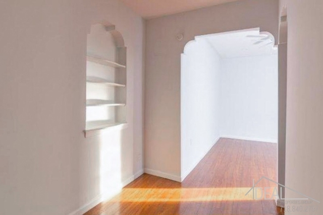 3 Bedrooms, Kensington Rental in NYC for $2,595 - Photo 2