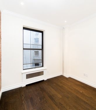 3 Bedrooms, Rose Hill Rental in NYC for $6,050 - Photo 2