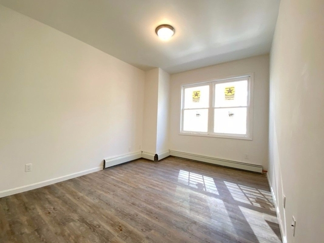 3 Bedrooms, Belmont Rental in NYC for $2,200 - Photo 1