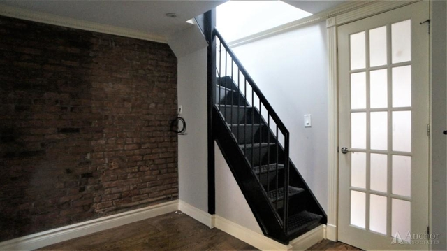 1 Bedroom, Alphabet City Rental in NYC for $4,295 - Photo 2