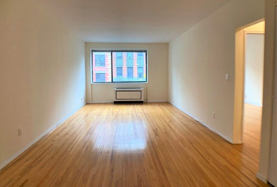 2 Bedrooms, Hell's Kitchen Rental in NYC for $3,795 - Photo 1