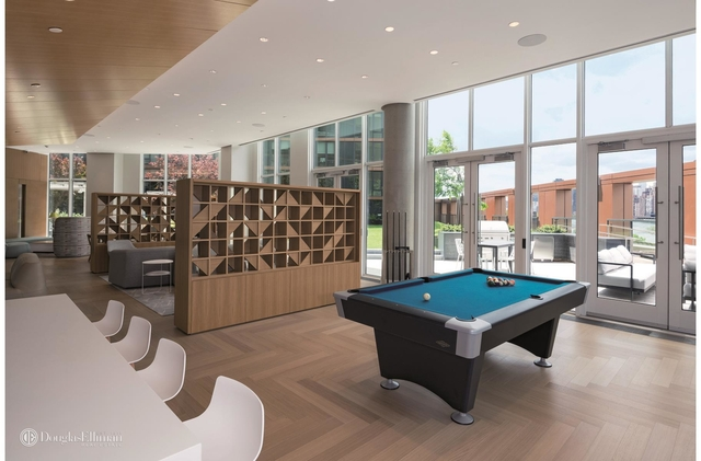 1 Bedroom, Astoria Rental in NYC for $3,325 - Photo 2