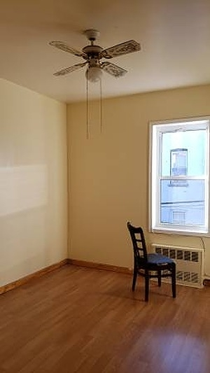 2 Bedrooms, Gravesend Rental in NYC for $1,900 - Photo 1