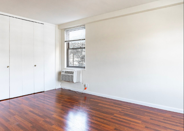 1 Bedroom, Forest Hills Rental in NYC for $2,620 - Photo 2