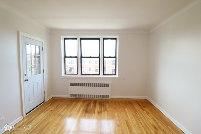 1 Bedroom, Rego Park Rental in NYC for $1,994 - Photo 2