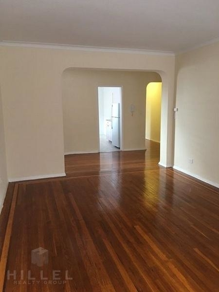 2 Bedrooms, Rego Park Rental in NYC for $2,590 - Photo 2